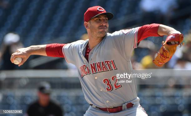 Matt Harvey of the Cincinnati Reds delivers a pitch in the first inning during the game against the Pittsburgh Pirates at PNC Park on September 3,...