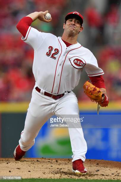 Matt Harvey of the Cincinnati Reds pitches in the second inning against the San Francisco Giants at Great American Ball Park on August 18 2018 in...
