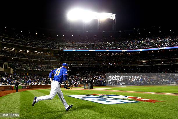 Matt Harvey of the New York Mets jogs out to the pitchers mound before Game 1 of the NLCS against the Chicago Cubs at Citi Field on Saturday October...