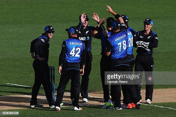 Matt Henry of the Black Caps celebrates the wicket of Shaun Marsh of Australia with the Black Caps during the One Day International match between New...