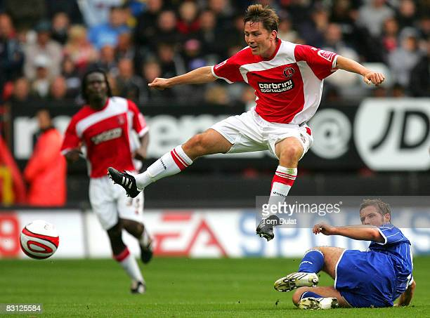 Matt Holland of Charlton Athletic and Jon Stead of Ipswich Town fight for the ball during the Coca Cola Championship match between Charlton Athletic...