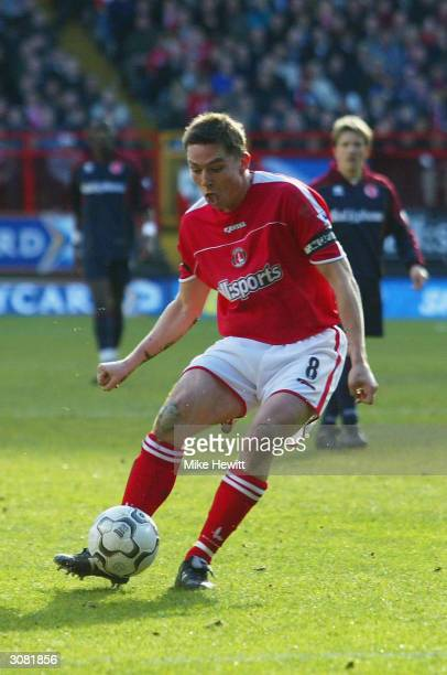 Matt Holland of Charlton Athletic scores the first goal against Middlesbrough during the FA Barclaycard Premiership match between Charlton Athletic...