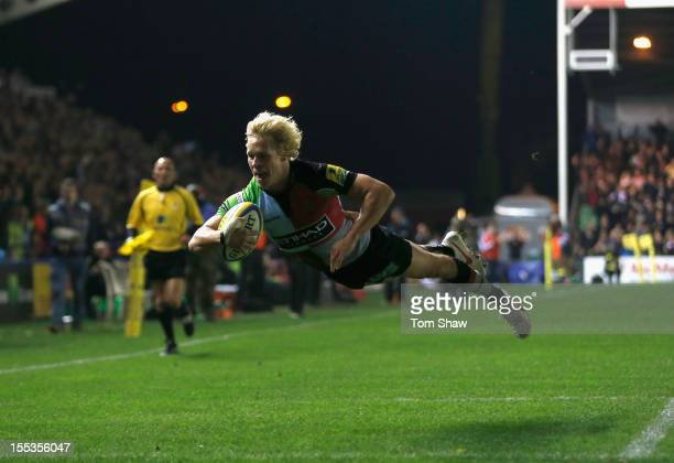 Matt Hopper of Quins scores a try during the Aviva Premiership match between Harlequins and Gloucester at Twickenham Stoop on November 3 2012 in...