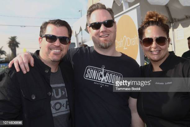 Matt Hutchinson Joey Newman and Antonia Lofaso attend the Eat Drink And Support Dining Experience Benefiting The Los Angeles Regional Food Bank at...