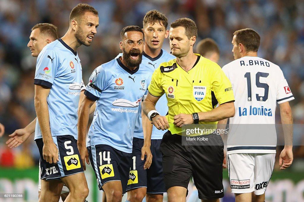 A-League Rd 5 - Sydney v Melbourne Victory