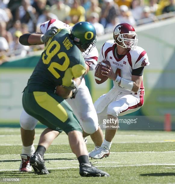 Matt Kegel of the Washington State Cougars dropps back to throw the ball at Autzen Stadium in Eugene Oregon Oregon lost to Washington State 5516