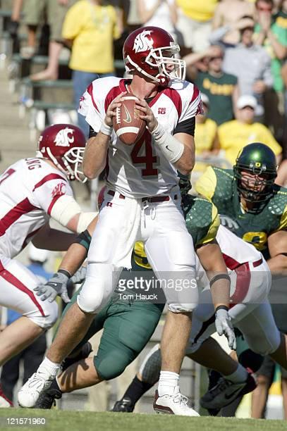 Matt Kegel the Washington State Cougars throws the ball at Autzen Stadium in Eugene Oregon Oregon lost to Washington State 5516