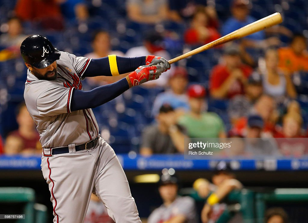 Matt Kemp #27 of the Atlanta Braves hits an RBI single against the Philadelphia Phillies during the ninth inning of a game at Citizens Bank Park on September 2, 2016 in Philadelphia, Pennsylvania. The Braves defeated the Phillies 8-4.