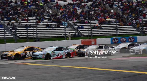 Matt Kenseth DEWALT Flexvolt Toyota Joe Gibbs Racing leads Monster Energy Chase contender Kevin Harvick Busch Beer Ford StewartHaas Racing and Ryan...