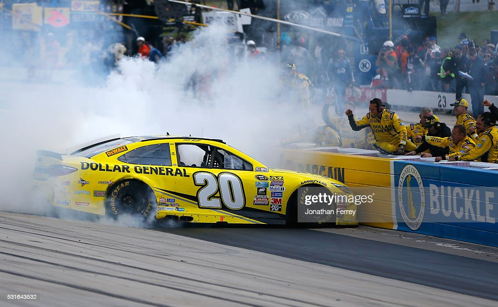 NASCAR Sprint Cup Series AAA 400 Drive for Autism : News Photo