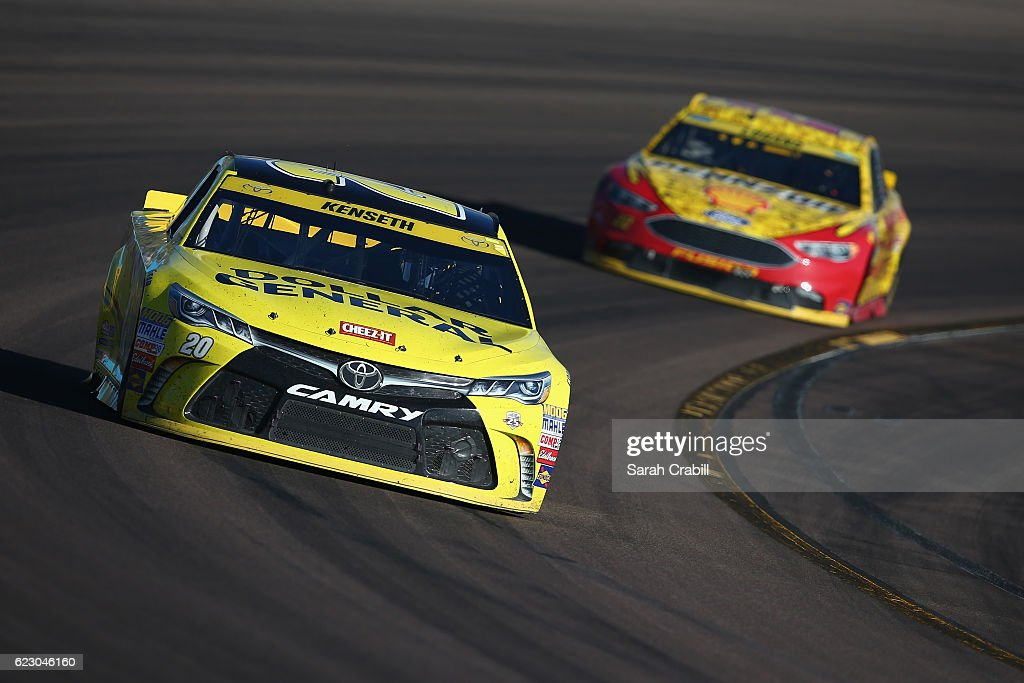 NASCAR Sprint Cup Series Can-Am 500 : News Photo