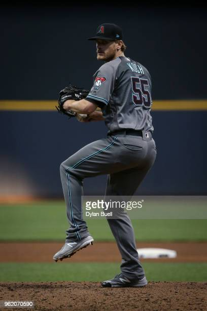 Matt Koch of the Arizona Diamondbacks pitches in the fourth inning against the Milwaukee Brewers at Miller Park on May 22 2018 in Milwaukee Wisconsin