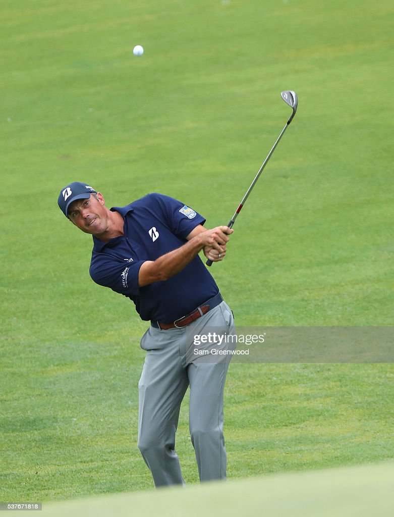 Matt Kuchar hits his third shot on the 18th hole during the first round of The Memorial Tournament at Muirfield Village Golf Club on June 2, 2016 in Dublin, Ohio.