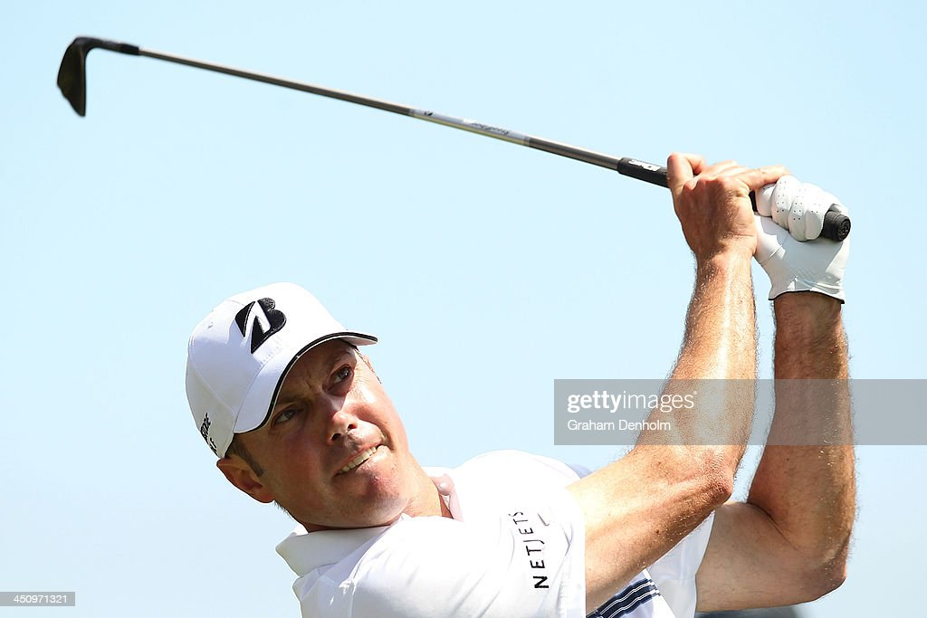 Matt Kuchar of the USA hits a tee shot during day one of the World Cup of Golf at Royal Melbourne Golf Course on November 21, 2013 in Melbourne, Australia.