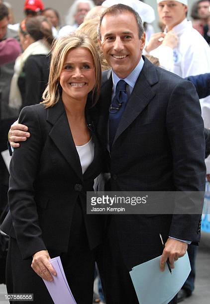 Matt Lauer and Meredith Vieira during Meredith Vieira Makes Her Debut Appearance On 'The Today Show' September 13 2006 at Rockefeller Plaza