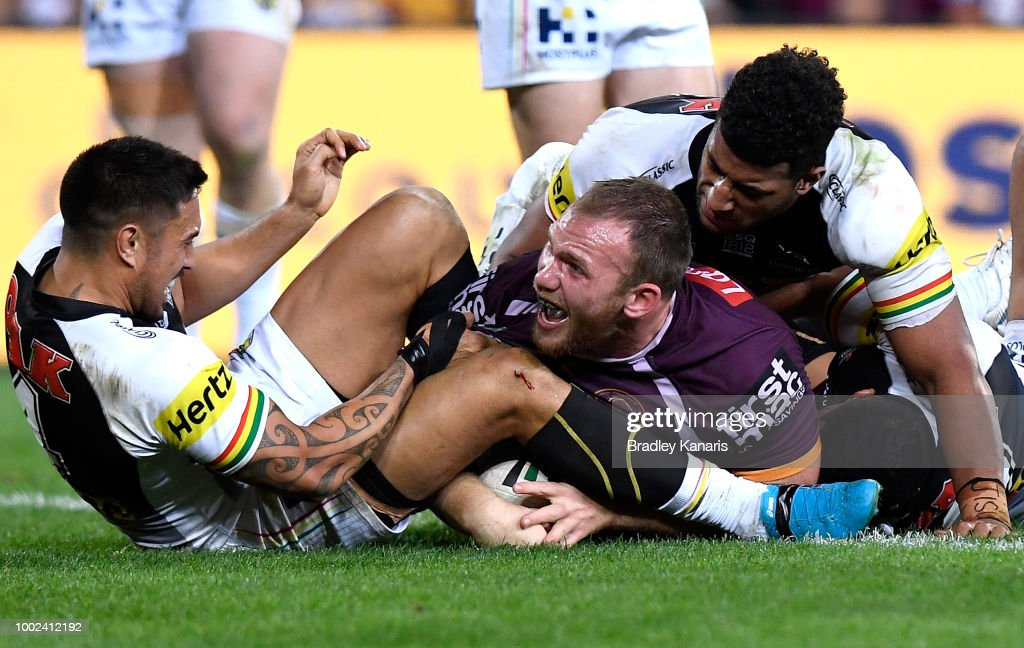 Matt Lodge of the Broncos scores a try during the round 19 NRL match between the Brisbane Broncos and the Penrith Panthers at Suncorp Stadium on July 20, 2018 in Brisbane, Australia.