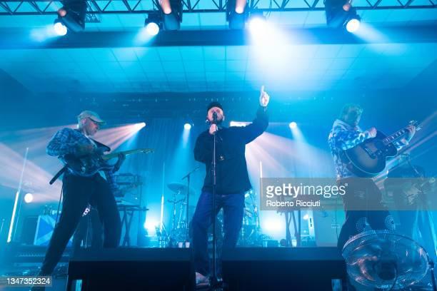 Matt Mason, Tommy O'Dell and Johnny Took of DMA'S perform on stage at O2 Academy Edinburgh on October 18, 2021 in Edinburgh, Scotland.