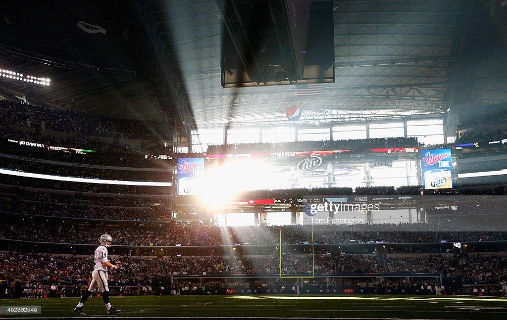 Oakland Raiders v Dallas Cowboys : News Photo