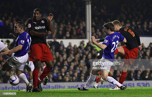 Matt Mills of Reading scores the opening goal during the FA Cup 5th round match sponsored by Eon between Everton and Reading at Goodison Park on...