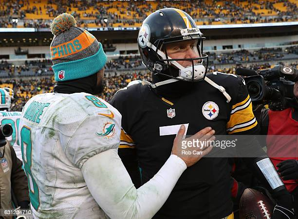 3c4a7728282 Matt Moore of the Miami Dolphins congratulates Ben Roethlisberger of the Pittsburgh  Steelers after Pittsburgh s victory