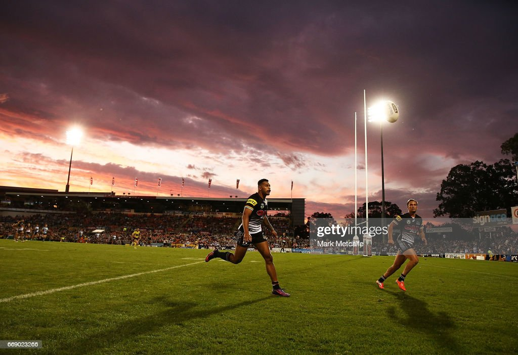 Matt Moylan and Waqa Blake of the Panthers watch the ball bounce during the round seven NRL match between the Penrith Panthers and the Cronulla Sharks at Pepper Stadium on April 16, 2017 in Sydney, Australia.