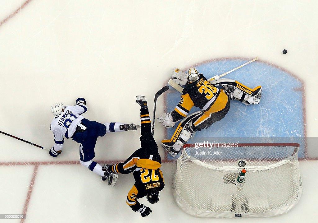 Tampa Bay Lightning v Pittsburgh Penguins - Game Seven : News Photo