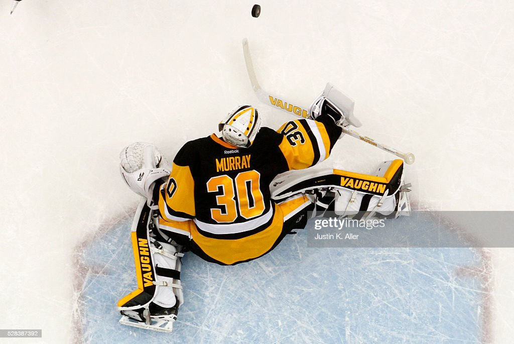 Matt Murray #30 of the Pittsburgh Penguins makes a save against the Washington Capitals in Game Four of the Eastern Conference Second Round during the 2016 NHL Stanley Cup Playoffs at Consol Energy Center on May 4, 2016 in Pittsburgh, Pennsylvania.