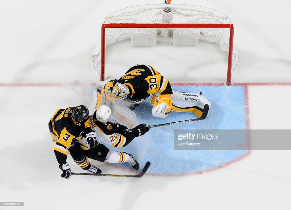 Matt Murray #30 of the Pittsburgh Penguins makes a save on Riley Nash #20 of the Boston Bruins at PPG Paints Arena on January 7, 2018 in Pittsburgh, Pennsylvania.