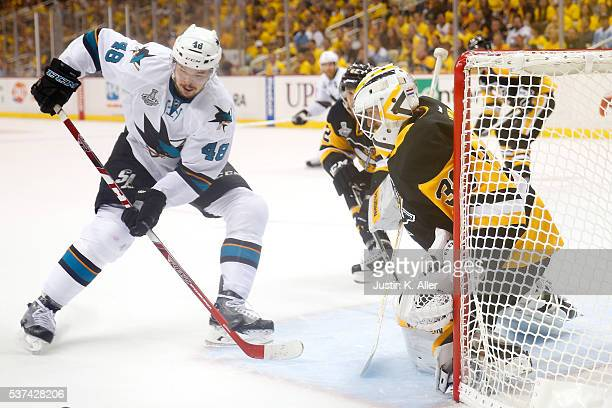 Matt Murray of the Pittsburgh Penguins tends goal against Tomas Hertl of the San Jose Sharks during the first period in Game Two of the 2016 NHL...