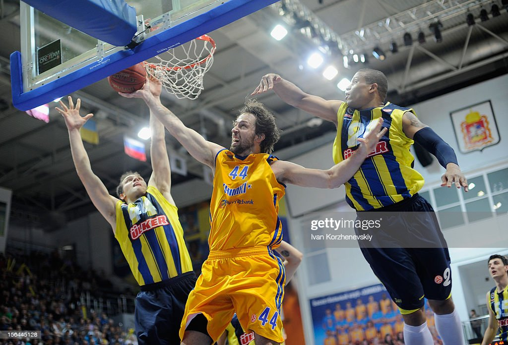 BC Khimki Moscow Region v  	Fenerbahce Ulker Istanbul - Turkish Airlines Euroleague