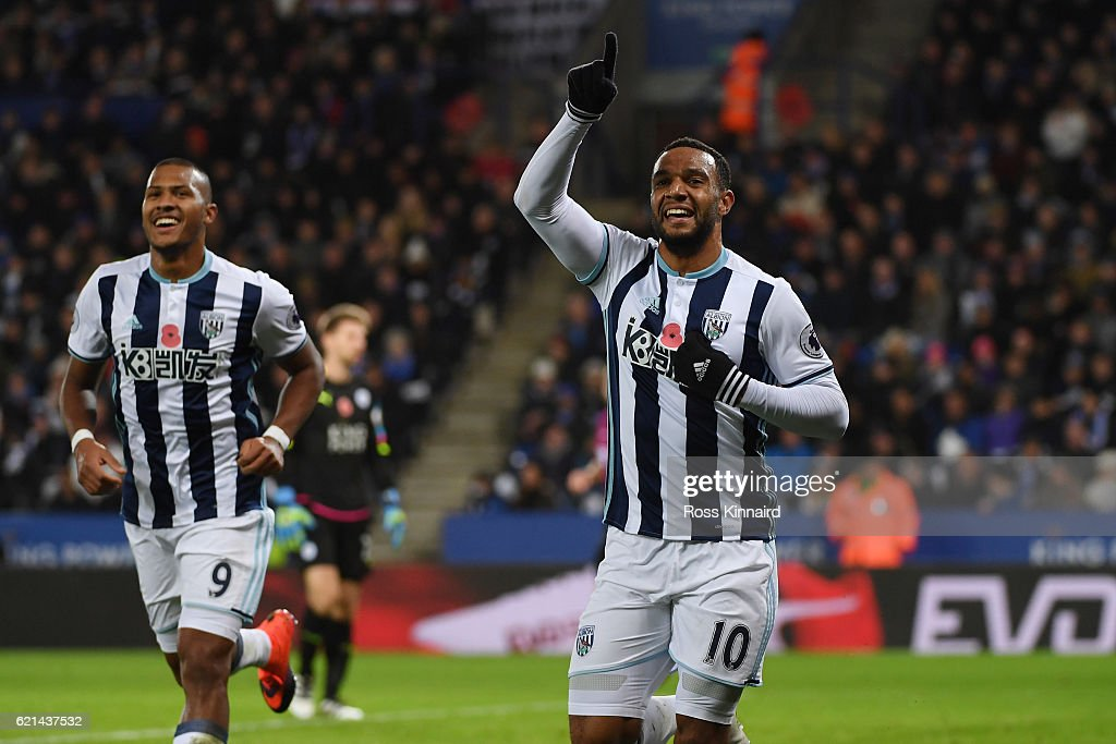 Matt Phillips of West Bromwich Albion (R) celebrates after scoring his sides second goal during the Premier League match between Leicester City and West Bromwich Albion at The King Power Stadium on November 6, 2016 in Leicester, England.