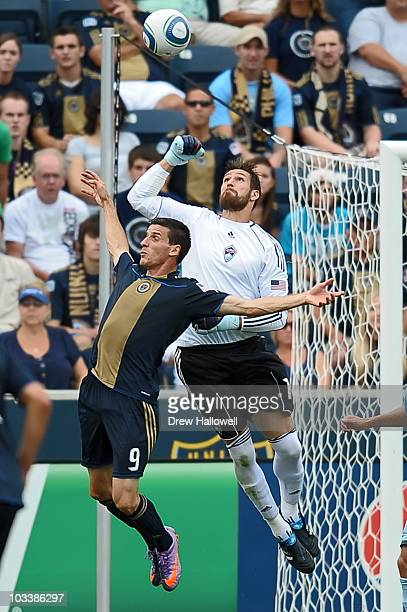 Matt Pickens of the Colorado Rapids punches the ball away from Sebastien Le Toux of the Philadelphia Union at PPL Park on August 14 2010 in Chester...