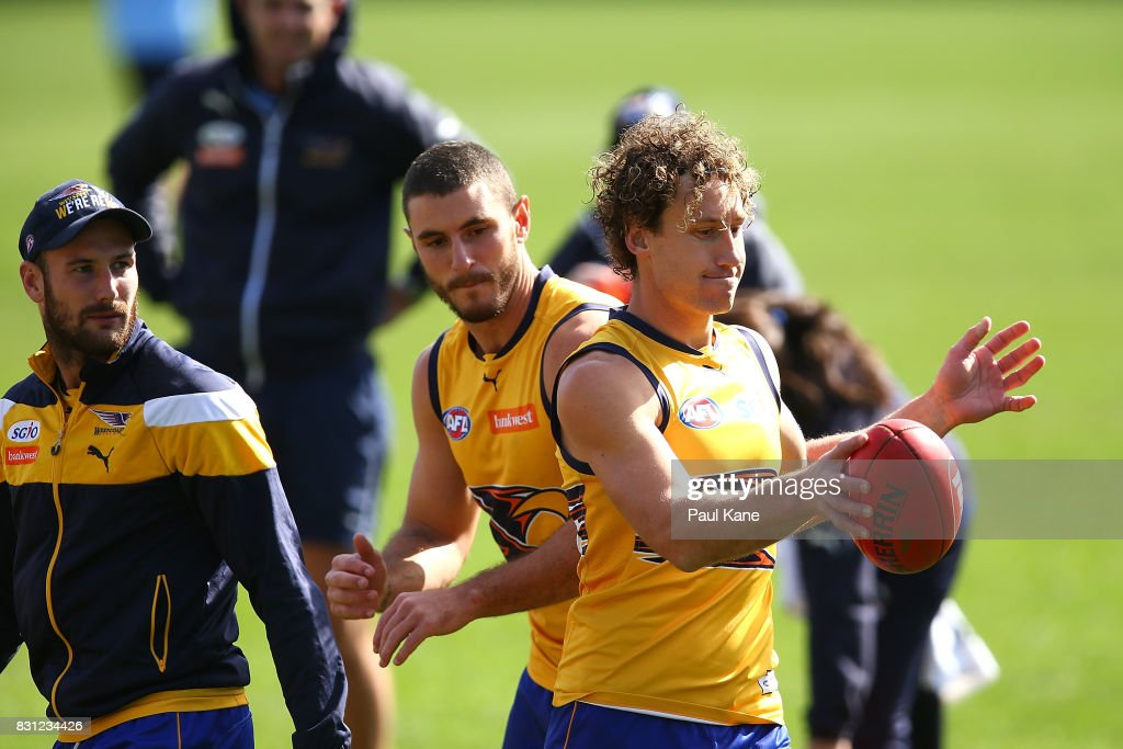 Matt Priddis warms up during a West Coast Eagles AFL training session at Domain Stadium on August 14, 2017 in Perth, Australia.
