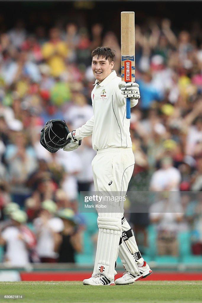 Australia v Pakistan - 3rd Test: Day 1