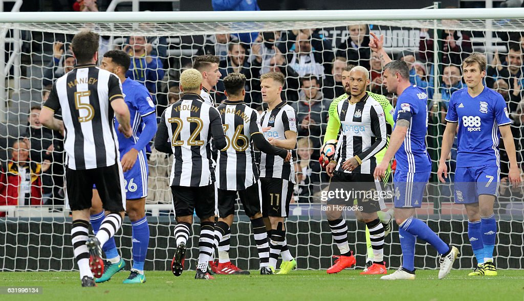 Newcastle United v Birmingham City - The Emirates FA Cup Third Round Replay : News Photo