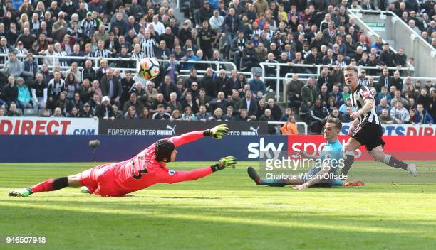 Matt Ritchie of Newcastle scores their 2nd goal during the Premier League match between Newcastle United and Arsenal at St James Park on April 15...