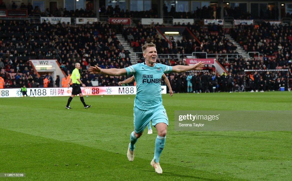 AFC Bournemouth v Newcastle United - Premier League : News Photo