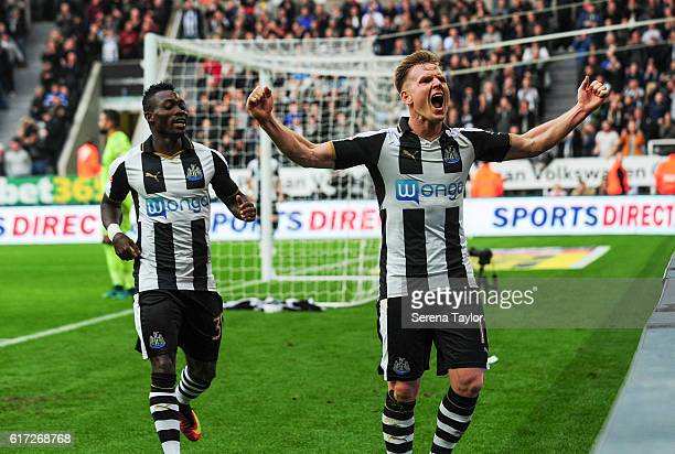 Matt Ritchie of Newcastle United celebrates after he scores Newcastle's third goal during the Sky Bet Championship Match between Newcastle United and...