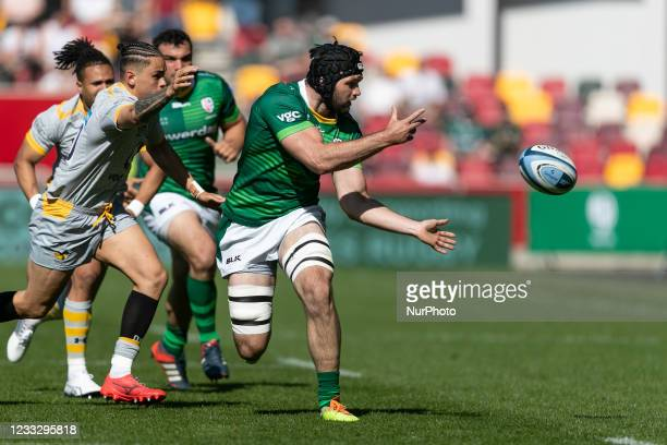 Matt Rogerson of London Irish passes the ball during the Gallagher Premiership match between London Irish and Wasps at the Brentford Community...