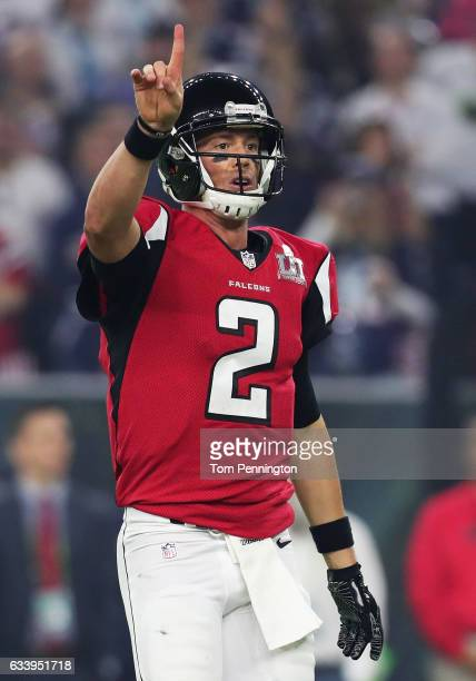 Matt Ryan of the Atlanta Falcons prepares to run a play against the New England Patriots in the third quarter during Super Bowl 51 at NRG Stadium on...