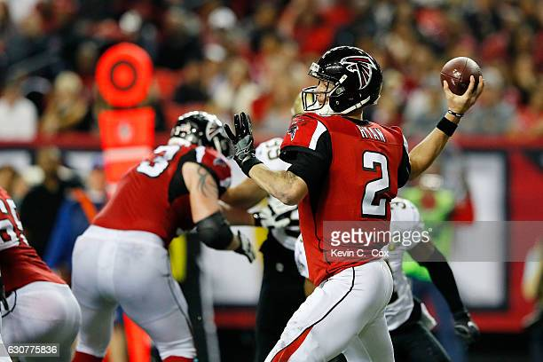 Matt Ryan of the Atlanta Falcons throws a pass during the second half against the New Orleans Saints at the Georgia Dome on January 1 2017 in Atlanta...
