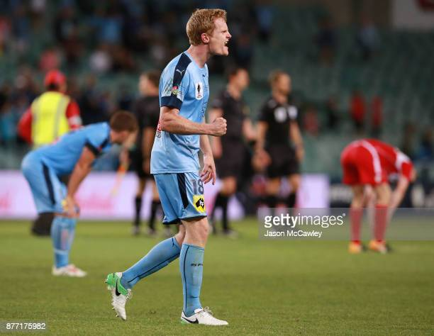 Matt Simon of Sydney celebrates victory at the end of the FFA Cup Final match between Sydney FC and Adelaide United at Allianz Stadium on November...