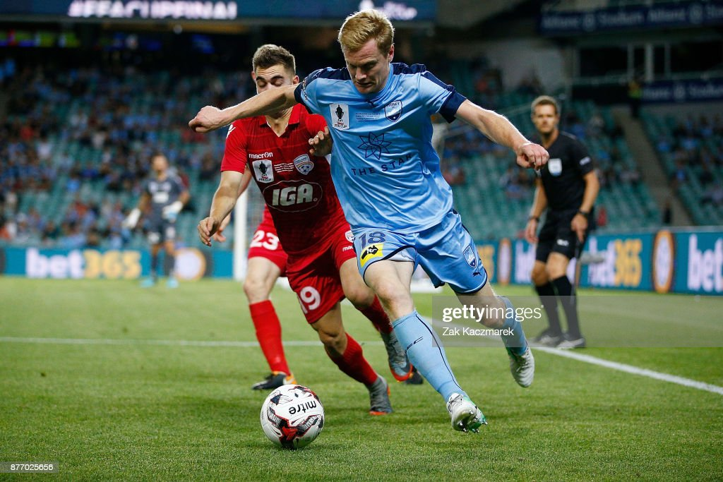 FFA Cup Final - Sydney v Adelaide : News Photo