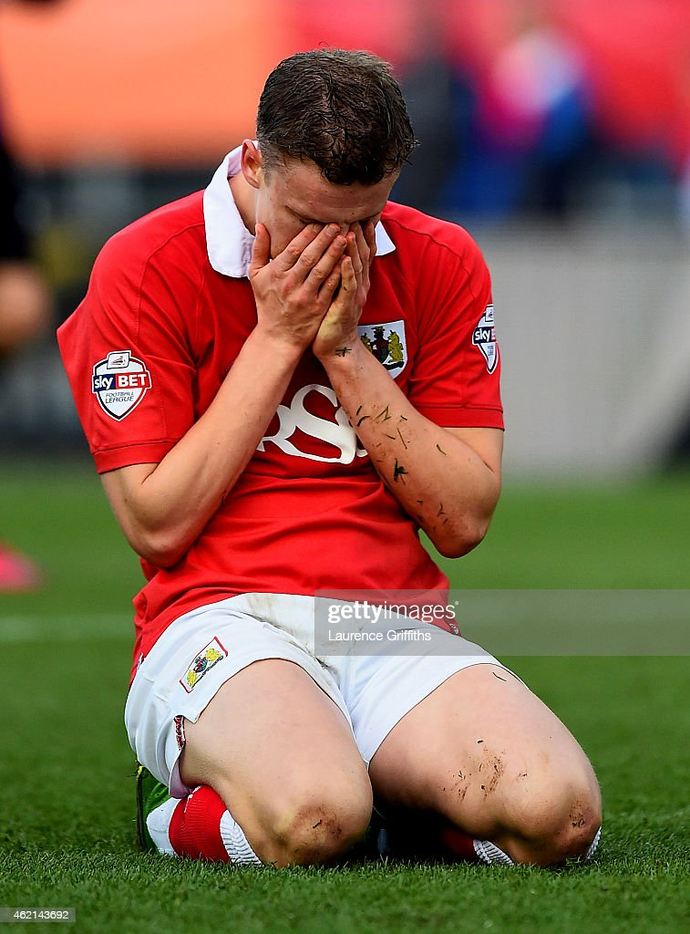 Matt Smith of Bristol City reacts to a missed opportunity during the FA Cup Fourth Round match between Bristol City and West Ham United at Ashton Gate on January 25, 2015 in Bristol, England.