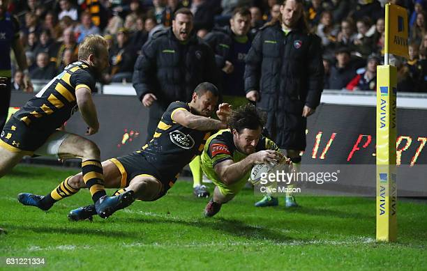 Matt Smith of Leicester dives over to score a try which was later disallowed during the Aviva Premiership match between Wasps and Leicester Tigers at...