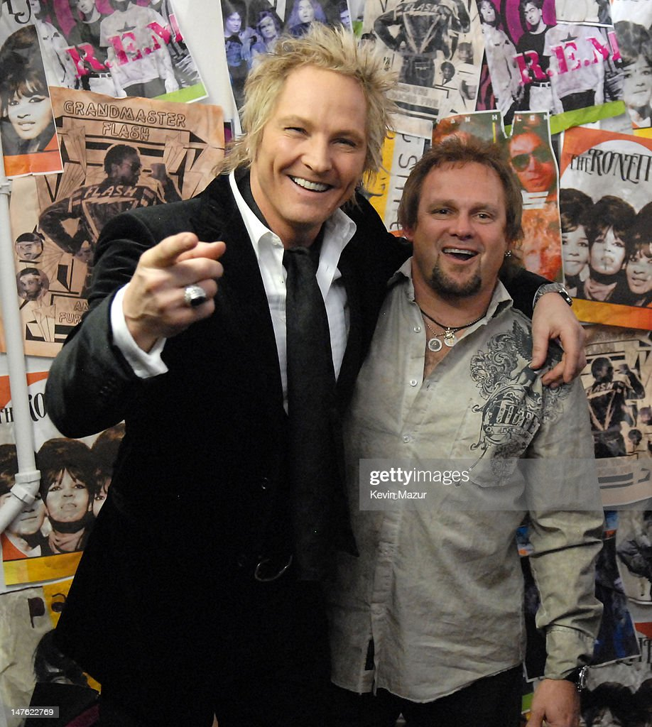 Matt Sorum of Velvet Revolver, presenter, with Michael Anthony of Van Halen, inductee *EXCLUSIVE*