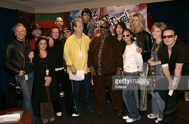 Matt Sorum, Tim McGraw, Norah Jones, Scott Weiland, Dave Kushner, Slash, Brian Wilson, Billie Joe Armstrong, Stevie Wonder, Steven Tyler, Alicia...