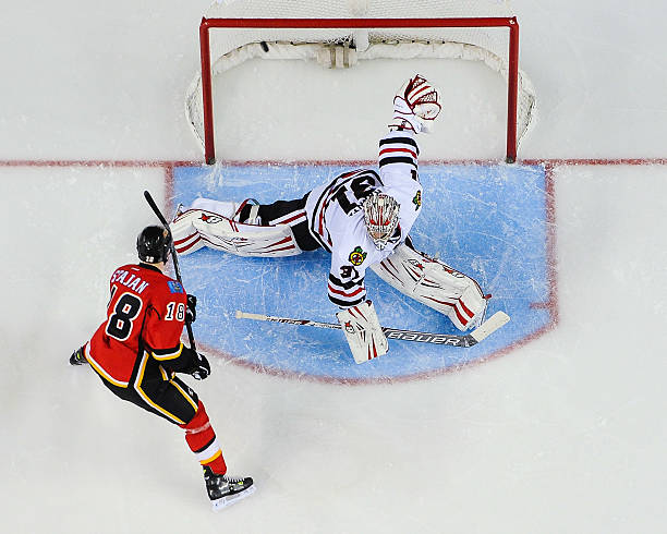 Chicago Blackhawks v Calgary Flames