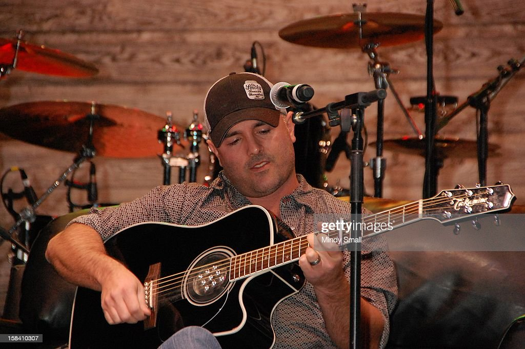 Matt Stillwell performs at Cowboy FanFest during the Wrangler National Finals Rodeo at the Las Vegas Convention Center on December 15, 2012 in Las Vegas, Nevada.