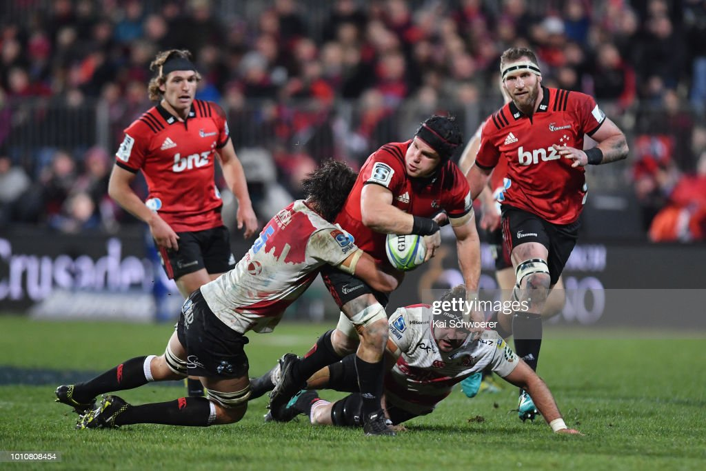 Matt Todd of the Crusaders offloads the ball during the Super Rugby Final match between the Crusaders and the Lions at AMI Stadium on August 4, 2018 in Christchurch, New Zealand.
